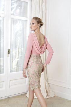 Visita nuestro lookbook 2016 con vestidos de fiesta y cóctel con el diseño más elegante y espectacular. ¿Se puede estar más guapa?