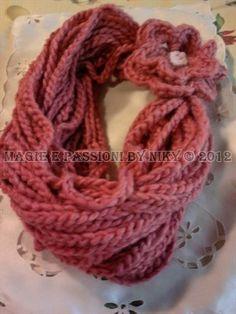scaldacollo in lana a collare