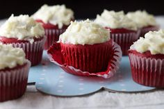 Cupcake Recipes : Red Velvet Cupcakes