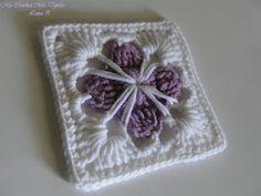 Diagram here:    My Crochet , Mis Tejidos: Happy Sunday !...Flowers and Granny - Feliz Domingo de Flores y Granny
