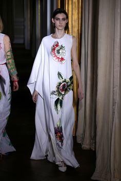 Highlights of Paris Haute Couture Week Mode Abaya, Kurta Designs Women, Couture Week, Bridesmaid Dresses, Wedding Dresses, Beautiful Dresses, Celebrity Style, R65, Islamic Dua
