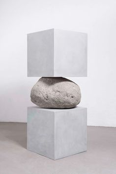 JOSE DÁVILA - Untitled, 2017. Polymer concrete volumes and boulder , 163 x 64 x 60 cm