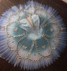 "Gargouillade Artigos De Ballet (@gargouillade) no Instagram: "" #euusogargo #figurinogargouillade #tutu #passaroazul #raymonda #corsario #dulcineia . .…"""