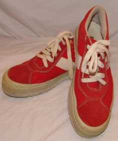 best website 42d77 f25a3 Boks Vtg Shoes 9 Red Suede Leather Spain Reebok Sneakers Athletic Retro Mens