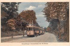"""Eröffnung: Die Postkarte """"1921 Fotohalt"""" zeigt die neue Elektrische auf der Strecke zwischen Hegermühle und Lustgarten"""