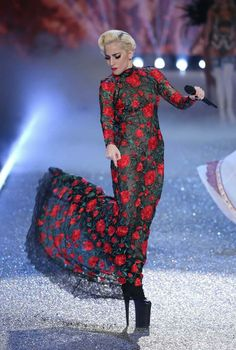 Lady Gaga (Victoria's Secret Fashion Show 2016)