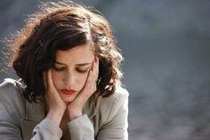 Brunette-eva-green-girl-red-lips-short-hair-favim.com-129341_large