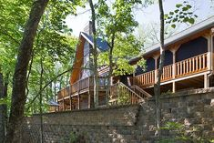 11 Reasons to Build a Log Home