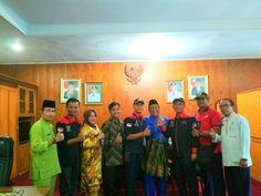 Bakesbangpolinmas Provinsi Riau Sambut Baik LSM KPK Nusantara DPD Riau Diruangannya     http://ift.tt/2vIHa64
