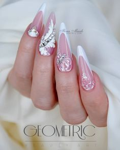 french nails almond Shape - - Katie S. Bride Nails, Wedding Nails, Nail Tip Designs, Art Designs, Pedicure Designs, Jolie Nail Art, Luxury Nails, French Tip Nails, Best Acrylic Nails