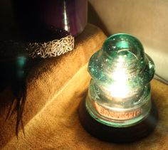 This insulator light is so beautiful! The bubbles and wrinkles look amazing. :)