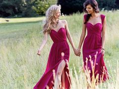 Loving these berry hued bridesmaid dresses.