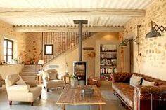 Je veux le même à la maison : un salon cosy avec poêle à bois Prague Apartment, Apartment Living, Living Room, Kitchen Living, Small Space Living, Small Spaces, Studio Apartment Room Divider, Cosy Lounge, Salons Cosy