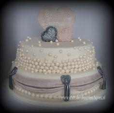 Communietaart Babyshower, Cake, Desserts, Ideas, Food, Tailgate Desserts, Deserts, Baby Shower, Kuchen