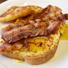 Sundays are meant for indulgent treats! Recipe up over on whatstacydid.com  #frenchtoast #eggybread #breakfast #breakfastfeast #sundaytreat