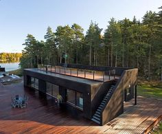 Container House - Container House - Casa hecha con contenedores con escalera - Who Else Wants Simple Step-By-Step Plans To Design And Build A Container Home From Scratch? Who Else Wants Simple Step-By-Step Plans To Design And Build A Container Home From Scratch?