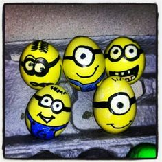 MY MINIONS. Could then have an egg fighting competition (game from Armenia. Minion Birthday, Minion Party, My Minion, Easter Egg Competition Ideas, Minion Easter Eggs, Easter Egg Designs, Egg Decorating, Easter Treats, Holidays And Events