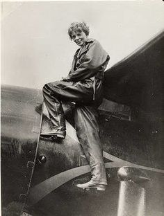 """Read """"Making History in the Air An Interactive Biography of Charles Lindbergh and Amelia Earhart"""" by Herman Melville available from Rakuten Kobo. *Includes over 10 minutes of video and audio about the lives and famous flights of Lindbergh and Earhart Amelia Earhart Biography, Amelia Earhart Disappearance, Charles Lindbergh, Wright Brothers, Space Museum, Women In History, Pilot, Statue, Gallery"""
