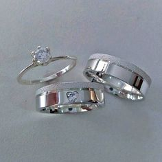 Wedding Rings Sets His And Hers, Cool Wedding Rings, Silver Wedding Rings, Silver Rings, Silver Jewelry, Engagement Rings Couple, Silver Engagement Rings, Gold Ring Designs, Cute Jewelry