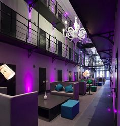 The facility's 150 holding cells have be transformed into 36 luxurious rooms and 7 suites, including four special suites known as The Director, The Jailer, The Lawyer, and The Judge.