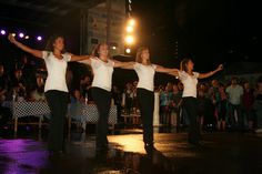 Give a hand to our talented Zorba Dancers!