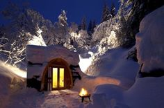 eco pods --////-- campground in Flims, Switzerland Ski Vacation, Vacation Spots, Eco Pods, Eco Cabin, Switzerland Hotels, Tiny House Exterior, Getaway Cabins, Outdoor Brands, Beautiful Places To Travel