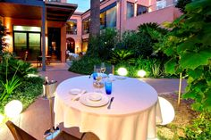 ¿conoces nuestra zona chill out? ven a probar nuestros #cocktails http://restaurantemontana.com/ #malaga