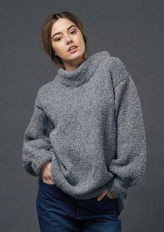 Chunky knit sweater, Bulky Sweater, Merino wool sweater, Plus size sweater, Oversize swea Merino Wool Sweater, Wool Sweaters, Plus Size Sweaters, Sweaters For Women, Rowan Knitting, Fleece Patterns, Knitting Patterns, Crochet Patterns, Pulls