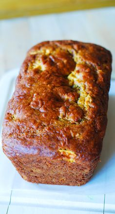 Low-fat pumpkin bread stuffed with apple chunks, flavored with cinnamon and vanilla. Made with very ripe bananas + Greek yogurt. | JuliasAlbum.com | Pumpkin banana bread