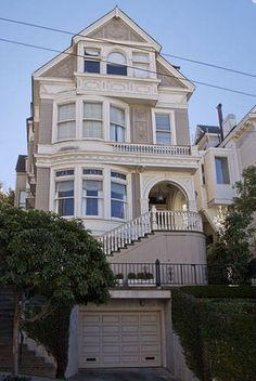 "House from the series, ""Party of Five,"" is located in San Francisco, CA."