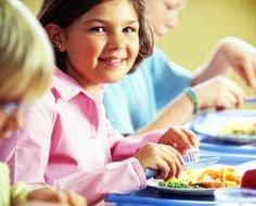 Schools appear to be serving lunch at the wrong time – and it could be taking a toll on your child's nutrition.  Recess Before Lunch Increases The Consumption Of Fruit And Vegetables In Elementary School Students. #schoollunch #eatright