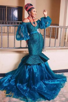 Fab Bride in Best African Dresses, Latest African Fashion Dresses, African Lace, African Style, African Beauty, Traditional Wedding Attire, African Traditional Wedding, African Wedding Attire, African Attire