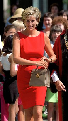 The creation of a royal star: Diana's dresses remembered as designer dies - Picture 16