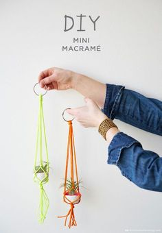 Easy Macrame Projects for the Beginner : Mini Bright Colors Macrame Plant Hanger Macrame is a super popular diy trend. Check out these super easy macrame projects for the beginner. You can complete them in a weekend and make something t Macrame Projects, Craft Projects, Fun Crafts, Arts And Crafts, Diy Crafts With Yarn, Ideias Diy, Macrame Tutorial, Diy Tutorial, Macrame Knots