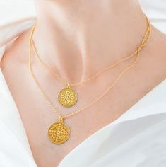 """Φανταστικό layering από την συλλογή μας """" Konstantinato""""  #irisgoldsilver #irisgoldfactory #jewelry #jewellers #jewellery #accessories #luxuryjewelry #finejewelry #jewelryshop #κοσμήματα #χρυσοχοεία #μόδα #κόσμημα #kosmimata #χειροποιητο #handmadejewelry #handmade #kosmima #silver #asimenio #ασημένιο #charms #ασημένιακοσμήματα #κολιέ #κολιε #kolie #κωνσταντινατο #μενταγιόν #konstantinato Silver Pendants, Gold Necklace, Jewels, Fashion, Moda, Gold Pendant Necklace, Jewerly, Fashion Styles, Gemstones"""
