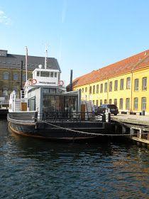 LAUsNOTEbook: Fritz Juel, a houseboat in Copenhagen