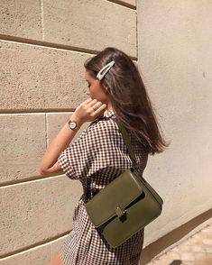 Magnetic Fashion tips outfits plus size tips,Fashion trends college ideas and Fashion ideas for teens fall ideas. Fashion Mode, Fashion Week, Look Fashion, Fashion Beauty, Womens Fashion, 20s Fashion, Fashion 2020, Street Fashion, High Fashion