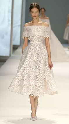 The best wedding dresses from Paris Haute Couture Week: Ralph & Russo Style Haute Couture, Couture Week, Couture Fashion, Runway Fashion, Couture 2015, Couture Ideas, Spring Couture, Fashion Week, Look Fashion