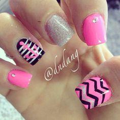 Pink and black nails Minus the anchor #nails #nailart