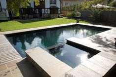 nice swimming pool and Jacuzzi by Guncast