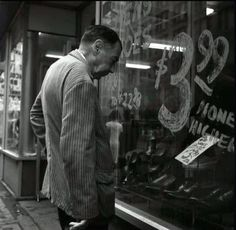 Man looking into store window by Vivian Maier Famous Photographers, Street Photographers, Vivian Maier Street Photographer, Vivian Mayer, A Nanny, Photographs, Photos, Chicago, Window Shopping