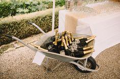 Rustikt bröllop på fransk vingård — Sisters in Law - Bröllopsblogg