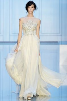 Elie Saab Fall 2011 Couture Collection - Fashion | Popbee