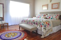 Boho Style Furniture And Home Decor Ideas – Vintage Decor Mexican Style Bedrooms, Mexican Bedroom, Mexican Home Decor, Mexican Interior Design, Master Bedroom Closet, Dark Interiors, New Room, Sweet Home, Bedroom Decor