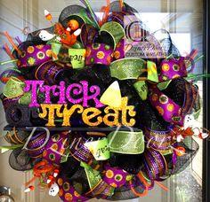 Trick or Treat Hallowen deco mesh Wreath