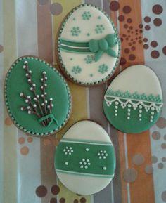 ภเгคк ค๓๏ Sugar Cookie Cakes, No Egg Cookies, Fancy Cookies, Iced Cookies, Cute Cookies, Easter Cookies, Cupcake Cookies, Biscuit Decoration, Cookie Decorating Icing