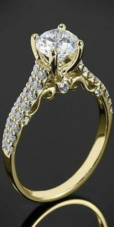 Emmy DE * 18k Yellow Gold Verragio Dual Row Shared-Prong Diamond Engagement Ring