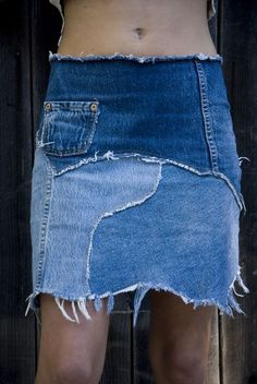 Skirt by Melody Sabatasso. 2019 Skirt by Melody Sabatasso. The post Skirt by Melody Sabatasso. 2019 appeared first on Denim Diy. Recycled Fashion, Recycled Denim, Estilo Jeans, Diy Vetement, Denim Crafts, Denim Ideas, Denim Patchwork, Denim And Lace, Diy Jeans
