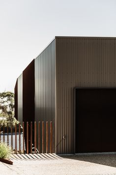 Dromana House by Core Collective – Project Feature – The Local Project New Zealand Architecture, Residential Architecture, Interior Architecture, House Facades, Facade House, Colorado Homes, Cladding, The Locals, My Dream Home