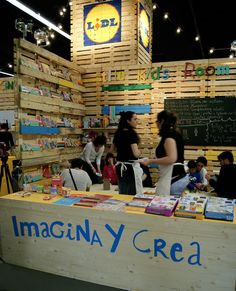 Imagina y Crea http://www.ifeelmaps.com/blog/2015/05/hecho-con-las-manos-y-el-corazon--handmade-festival-barcelona